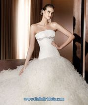 $292.94 - Buy Pronovias Aloe Cheap In Hellobridals.com